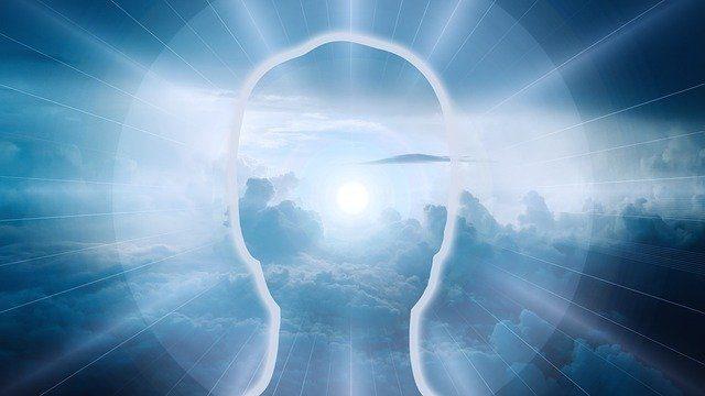 clouds 3978912 640 maria magdalena y la importancia de escuchar a tu alma i215302