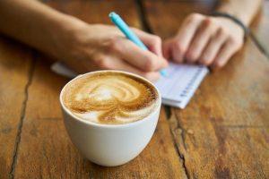 coffee 2608864 640 4 estrategias efectivas para reducir el cansancio i216017