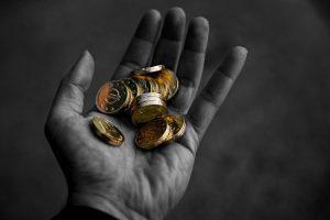 ¿Por qué el dinero está desempoderando? Ivo de Vega a través de Sharon Stewart.