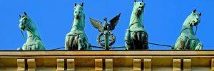 brandenburg gate 2010656 960 720 motivacion 2 el biografo que queria salvar a su heroe i218131