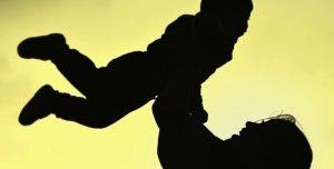 mother 4467789 640 5 razones para crear vinculos con tu bebe a traves de la musica i217256