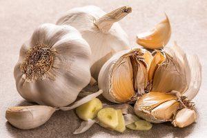 garlic 3419544 1920 todo sobre la gastritis sintomas causas y tratamiento en casa i218836