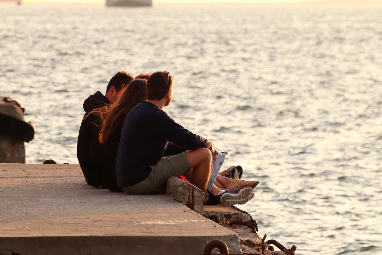 Guía de desarrollo personal y social para la intervención con jóvenes