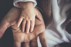 Chloe Smith – ¿El divorcio afecta a los infantes y niños pequeños?