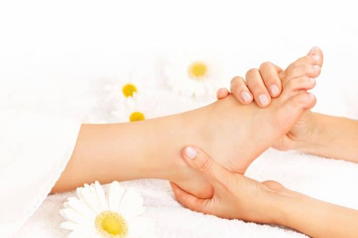 apretar el talon como masajear los pies 12 tecnicas de relajacion y alivio del dolo i221555