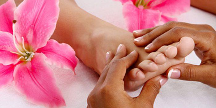 como masajear los pies en el hogar como masajear los pies 12 tecnicas de relajacion y alivio del dolo i221555
