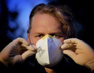el uso de mascarillas es necesario solo en algunos casos. prevención del coronavirus i221158