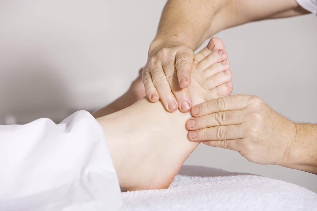 giros de calentamiento como masajear los pies 12 tecnicas de relajacion y alivio del dolo i221555
