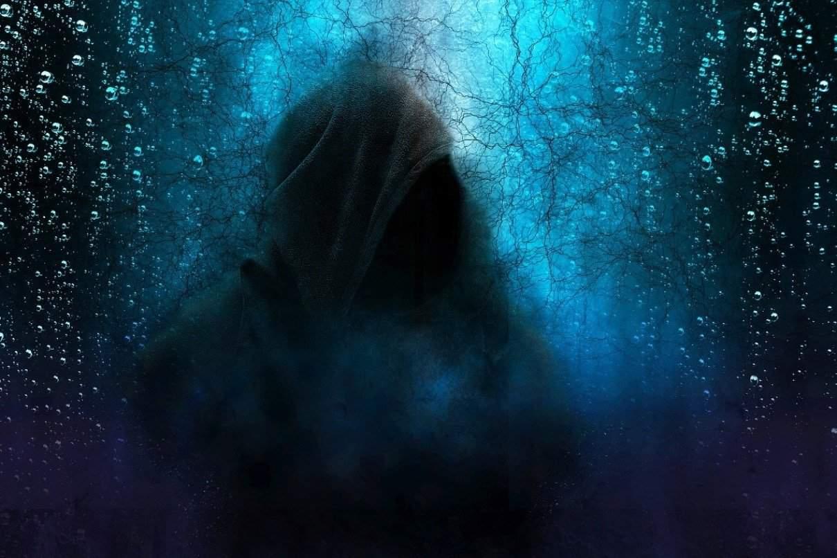 hooded man 2580085 1920 alejando el miedo un nuevo mensaje de sanat kumara i221000