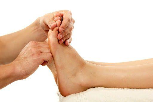trabajo de nudillos o puos como masajear los pies 12 tecnicas de relajacion y alivio del dolo i221555