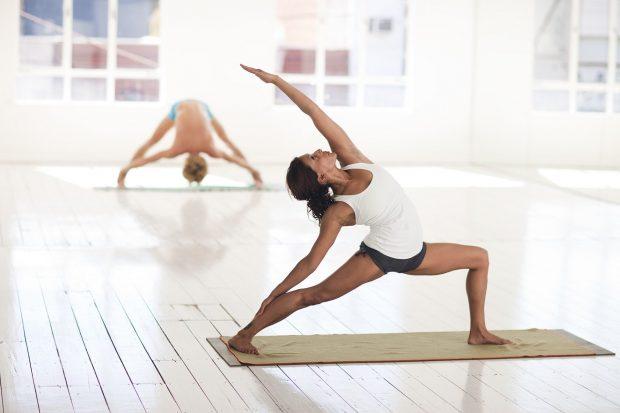 yoga 2959226 1920 226369 2 i226369