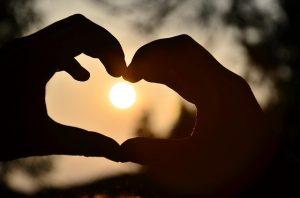 heart 583895 640 un mundo lleno de amor mensaje de judas iscariote via ann dahlberg i227804