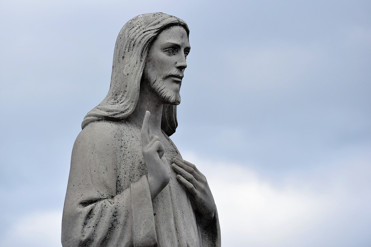 jesus sculpture 4461607 1280 228079 2 i228079