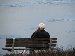 old man 3753844 640 como amar al projimo segun maria magdalena un mensaje canalizado por b i228043