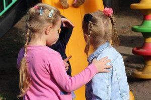 children 3826830 640 el drama de la vida y la moneda un mensaje de yeshua i230021