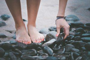 Los pies y tu ascensión espiritual, por Elizabeth Perú