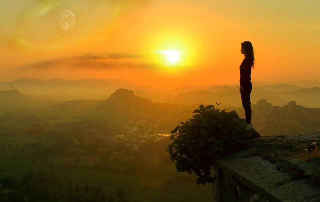 planet rise 4725820 1280 el plan divino para todos es la mas pura alegria i233713