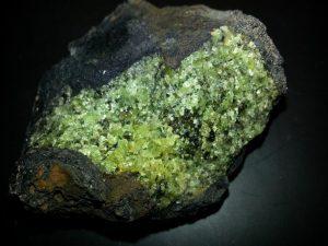 fayalita olivino el mineral que mas se encuentra en la corteza terrestre y sus i235596