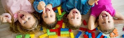 grupo ninos la terapia dir floortime ayuda a los ninos autistas a desarrollar habi i235321