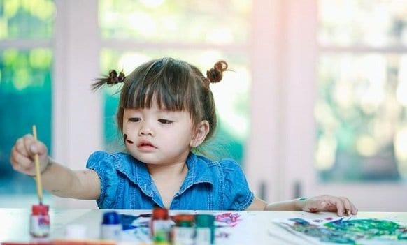 terapia de arte para el autismo la terapia dir floortime ayuda a los ninos autistas a desarrollar habi i235321