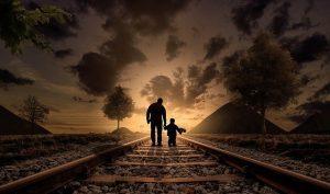 father and son 2258681 640 el colectivo de los ninos envia un mensaje a traves de losha i239066